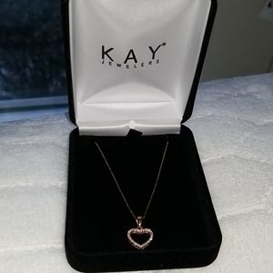 Kay Jewelers gold necklace with heart pendant